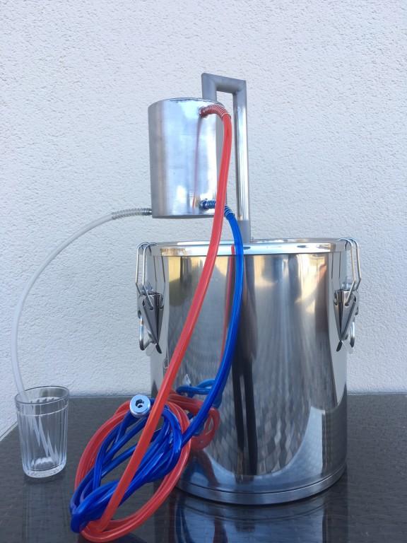 http://kandzasaparati.lv/474-destilators-aprikoze-ar-18l-katlu/