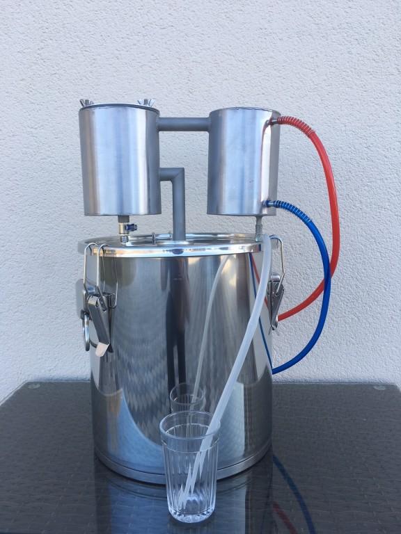 http://kandzasaparati.lv/475-destilators-cheburators-ar-18l-katlu/